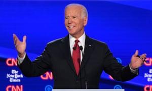 Sanders and Warren build big war chests as Biden fundraising lags behind