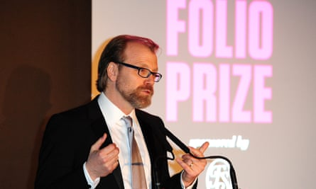 Plot twist … US fiction writer George Saunders collects the Folio prize for Tenth of December in 2014.