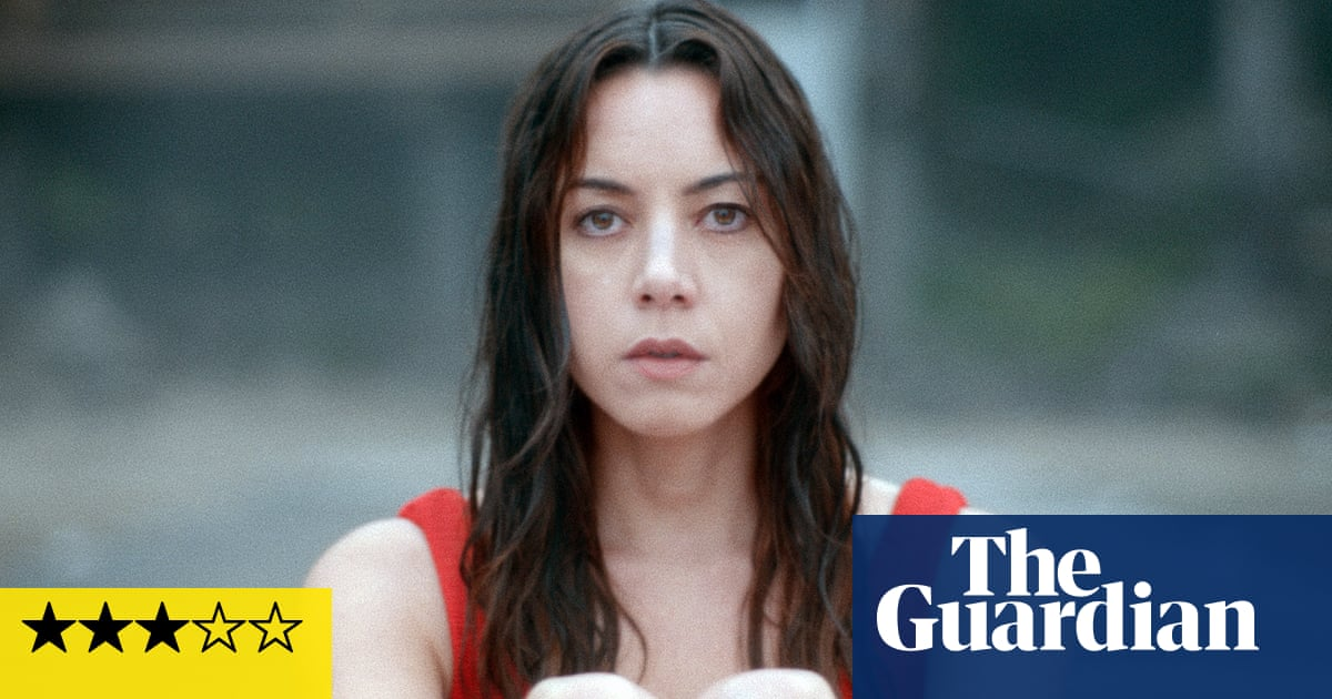 Black Bear review – Aubrey Plaza shows her volcanic side