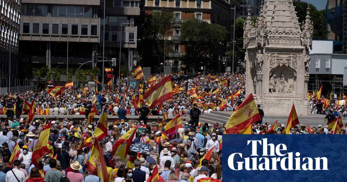 Spanish right rallies against plans to pardon Catalan separatists