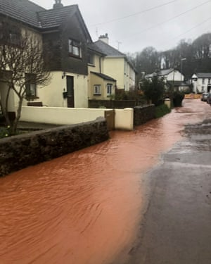 Heavy rain and flooding in Abbotskerswell, Devon