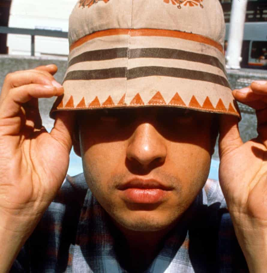 Relaxed Reni ... and his bucket hat.