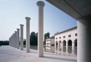 Fabrica (Benetton Communication Research Center), Treviso, 2000.