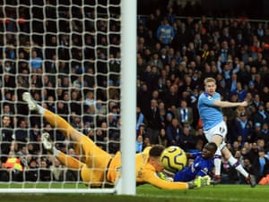 Kevin De Bruyne shoots wide before scoring the opener as Manchester City's beat Chelsea 2-1 at the Etihad Stadium.