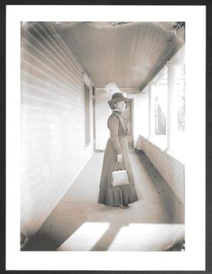 Leona Dean photographed in Lincoln, Nebraska sometine around 1919.