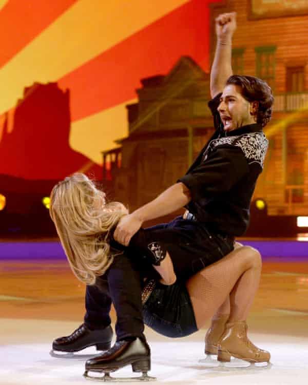 Blade runner... Kem Cetinay in Dancing on Ice.