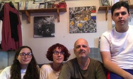 The Hardy family.