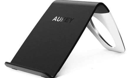 Aukey Charging Stand