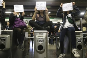 Students protesting on the subway