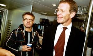 Nicholas Serota with Damien Hirst in 2003.
