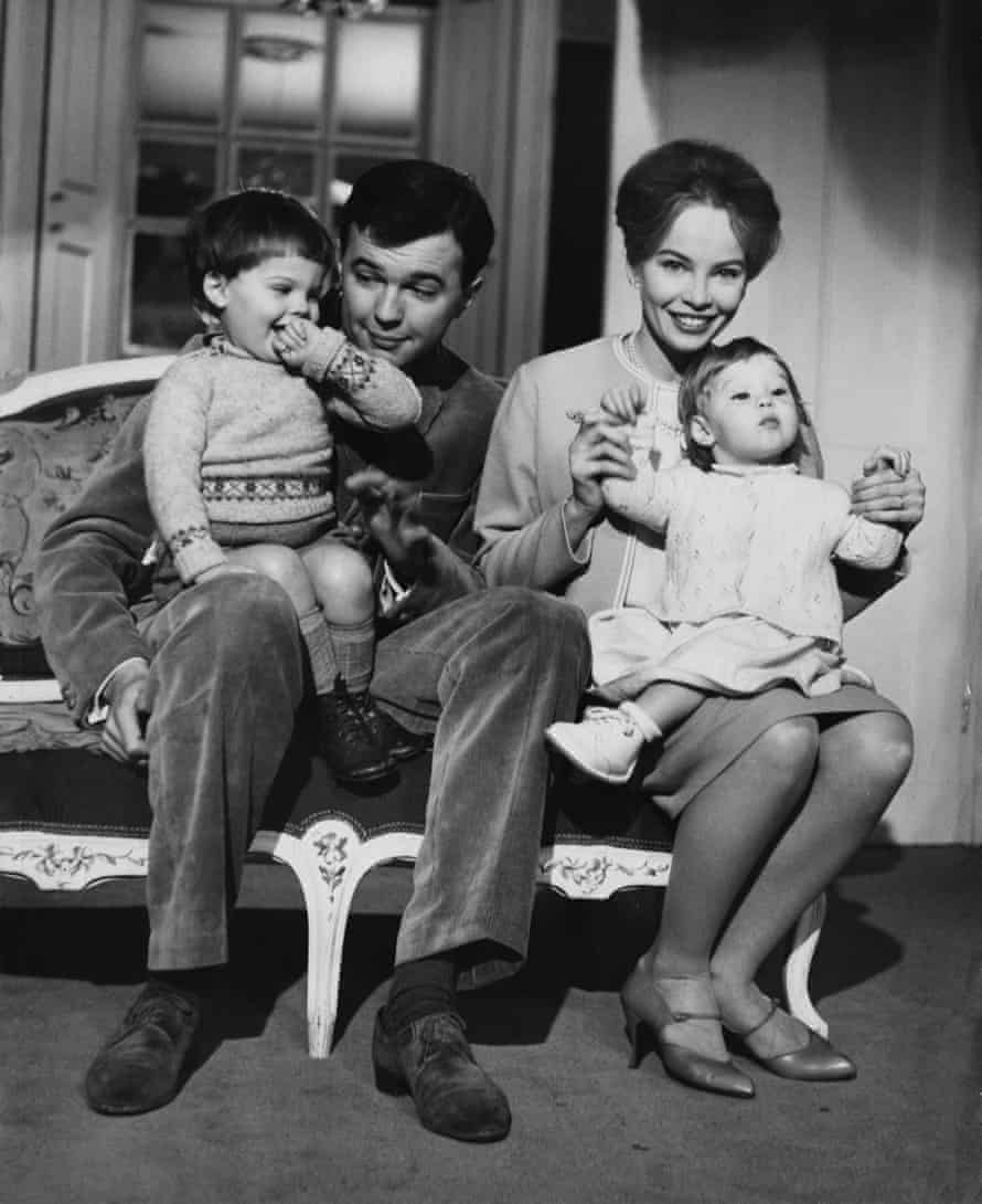 Leslie Caron and Peter Hall with their children, Christopher (left) and Jennifer, in 1959
