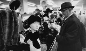 Shopping at the BHS Kensington branch in 1978.