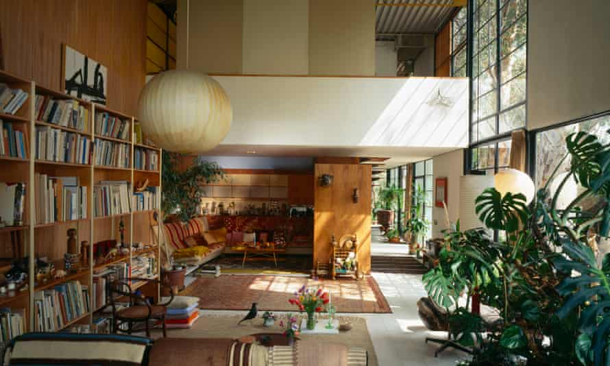 Eames's double-height living room at Pacific Palisades.