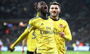 Nicolas Pépé celebrates putting Arsenal ahead.