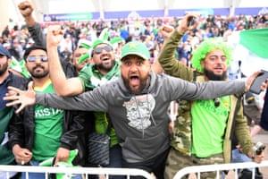 Pakistan Fans celebrate victory.