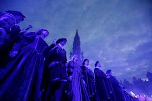 Brussels, Belgium: Performers in medieval costume