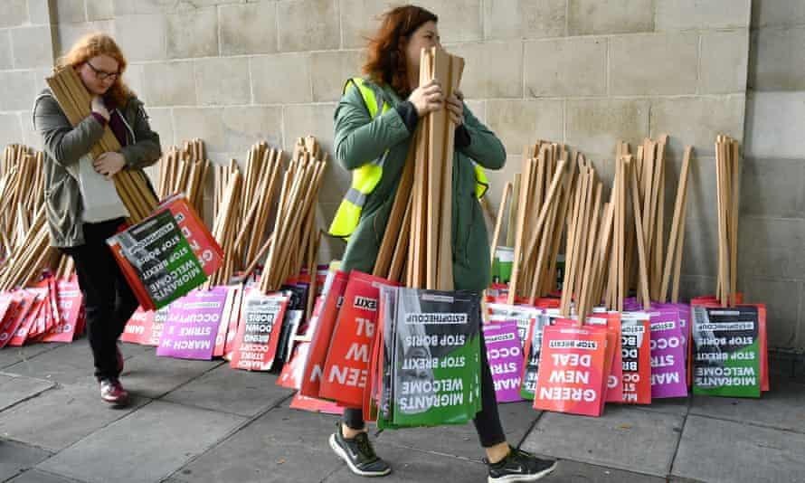 EU supporters, calling on the government to give Britons a vote on the final Brexit deal, prepare for a 'People's Vote' march in London, Britain, October 19, 2019.