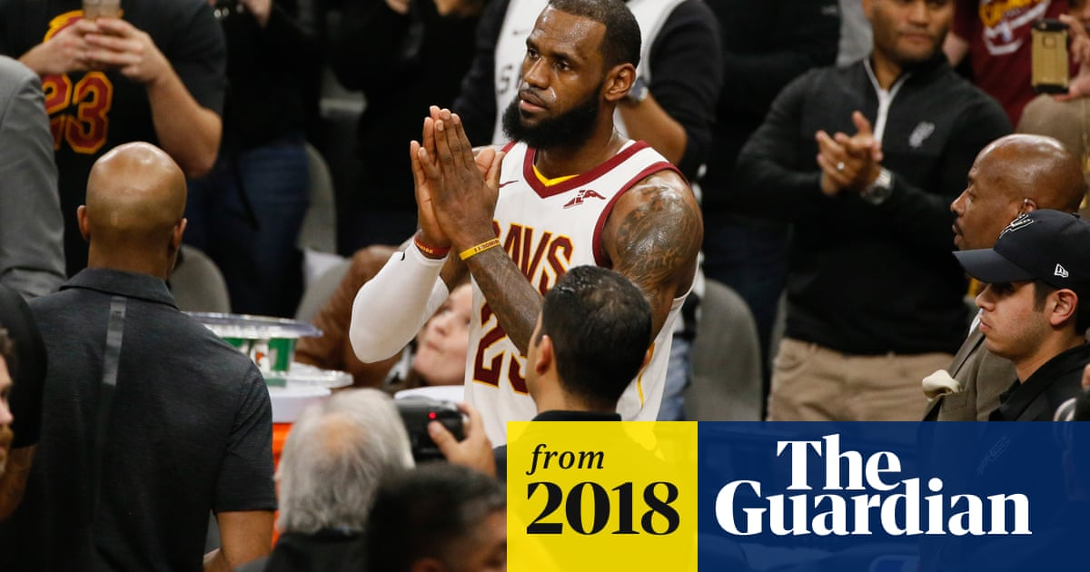6d41c850cf2 LeBron James is youngest ever to join NBA s exclusive 30