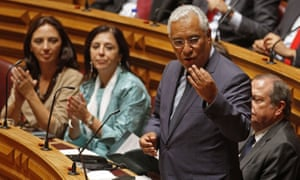 Socialist party leader Antonio Costa holds a speech during the first session of the Portuguese parliament at Sao Bento palace in Lisbon on October 23, 2015.