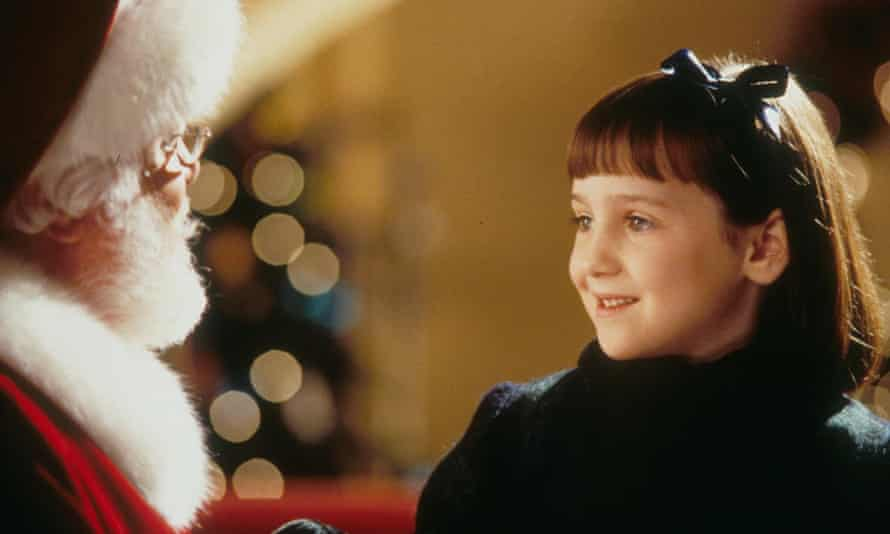 Mara Wilson with Richard Attenborough in 1994's Miracle On 34th Street