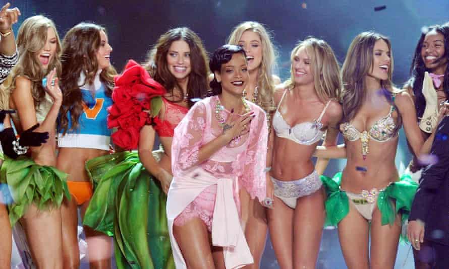 Rihanna victorias secret