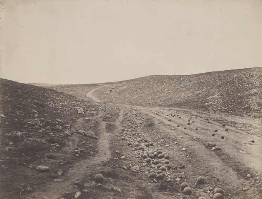 'Valley of the Shadow of Death' by Roger Fenton