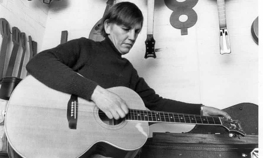 Christopher Eccleshall made or repaired instruments for David Bowie, Eric Clapton, Paul Weller and Pete Townshend, among many others