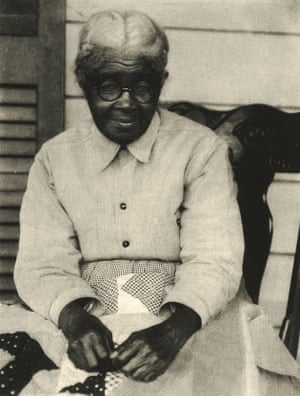 A Quilter, c 1930 Doris Ulmann travelled extensively throughout Appalachia documenting rural traditions and craftspeople