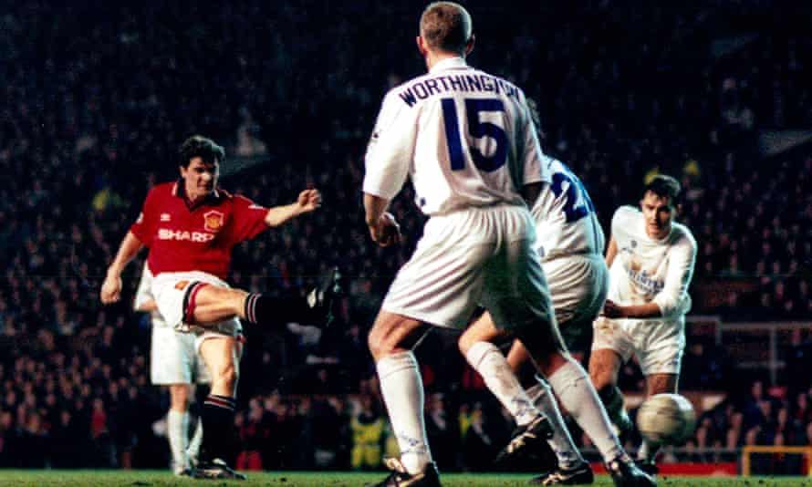 Roy Keane scores for Manchester United against Leeds in 1996