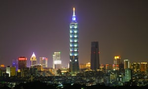 China's president has warned that Taiwan would face the 'punishment of history' if the Taipei government followed a separatist course.