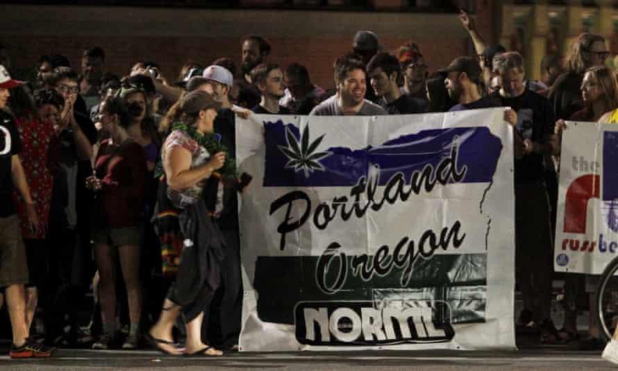 Legalized recreational marijuana in Oregon