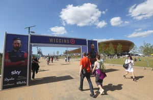 Fans start to arrive at the Lee Valley Velopark