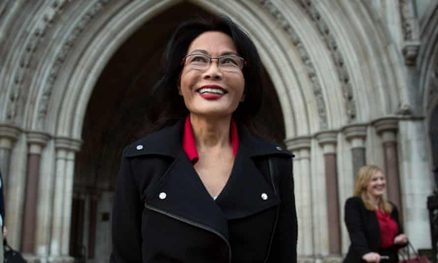 Pauline Chai, estranged wife of Khoo Kay Peng, leaves court.