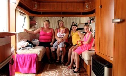 Traveller family at Dale Farm