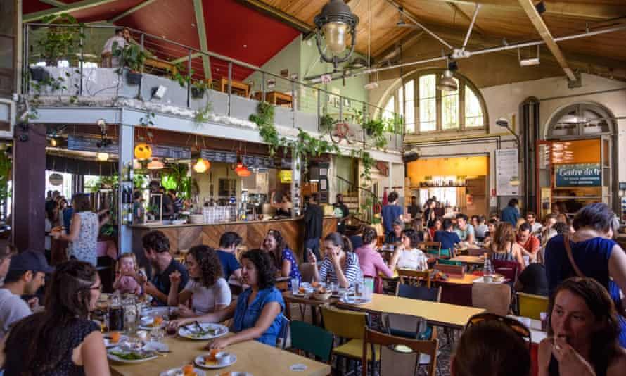 Paris, Alternative Bar-Restaurant La Recyclerie