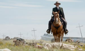 Jeff Daniels as Griffin in the 'immersive' Godless
