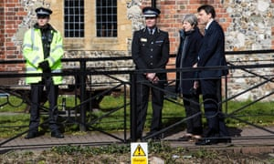 Theresa May Visits The Scene Of The Salisbury Spy PoisoningSALISBURY, ENGLAND - MARCH 15: British Prime Minister Theresa May (2ndR), Wiltshire Police's Chief Constable Kier Pritchard (2ndL) and MP for Salisbury and South Wiltshire John Glen (R) visit the scene visited by Sergei Skripal and his daughter Yulia before they were found on a nearby bench on March 15, 2018 in Salisbury, England. Britain has expelled 23 Russian diplomats over the nerve agent attack on former spy Sergei Skripal and his daughter Yulia, who both remain in a critical condition. (Photo by Jack Taylor/Getty Images)