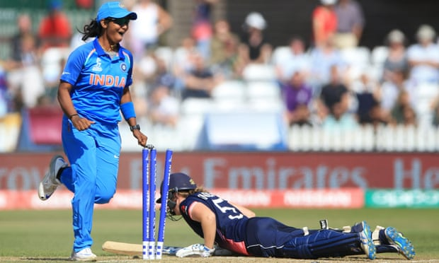 theguardian.com - Vithushan Ehantharajah - Heather Knight the first of four run-outs as India shock England in opener