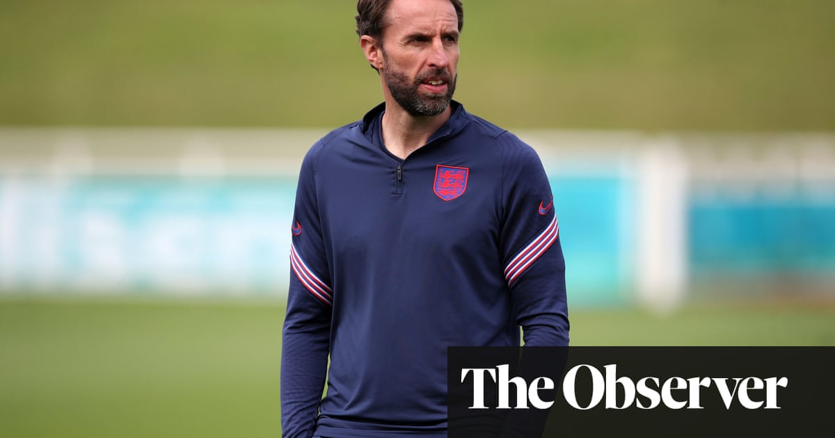 Gareth Southgate urges England to stay calm against Italy amid the hype