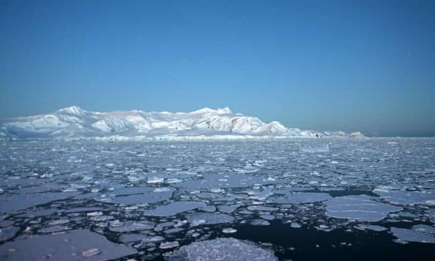 Glaciers in the South Shetland Islands, Antarctica