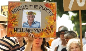Climate protesters at Kirribilli House
