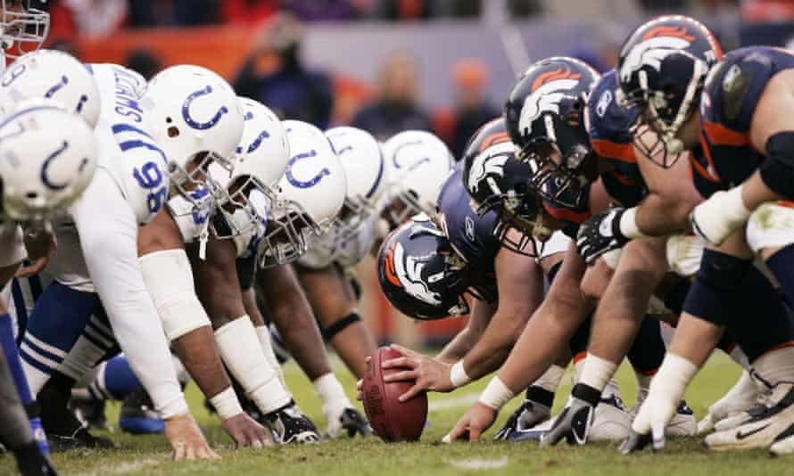 The Denver Broncos prepare to snap the ball on a field goal against the Indianapolis Colts on 2 January 2005 at Mile High Stadium. Nate Jackson, who played for the Broncos in 2003-2008, is calling for players to be allowed to use marijuana to treat pain.