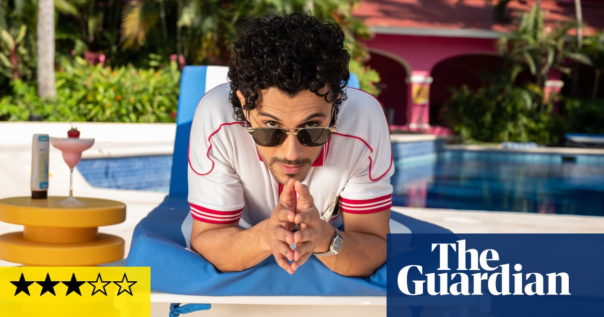 Acapulco review – Apple's Spanglish comedy is a feelgood fiesta
