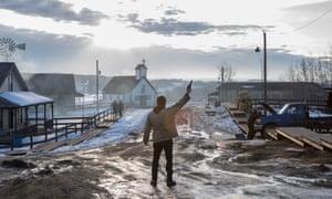 I'll kill yer… Tim Roth in Tin Star