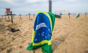 A protest over the Brazilian government's approach to the pandemic on Copacobana beach.