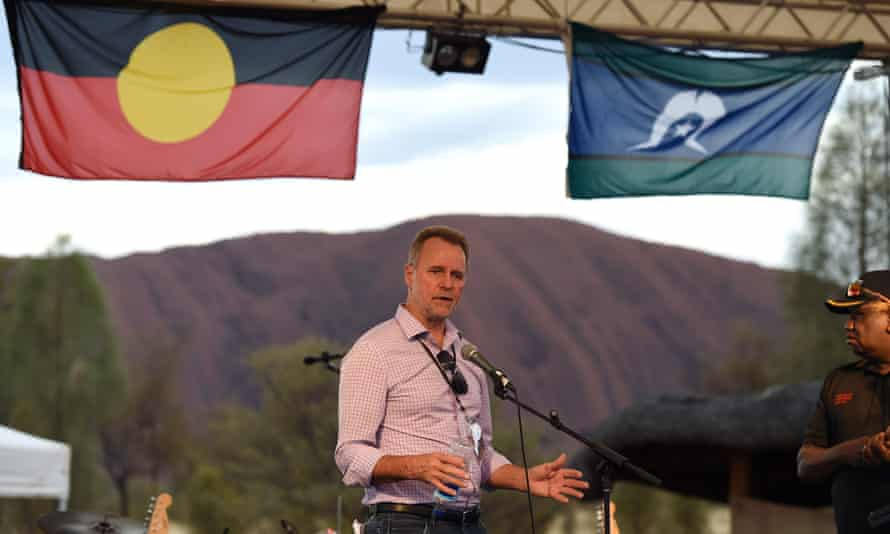 Nigel Scullion used money earmarked for alleviating Indigenous disadvantage to fund groups so they could argue how land claims would detrimentally affect their interests.
