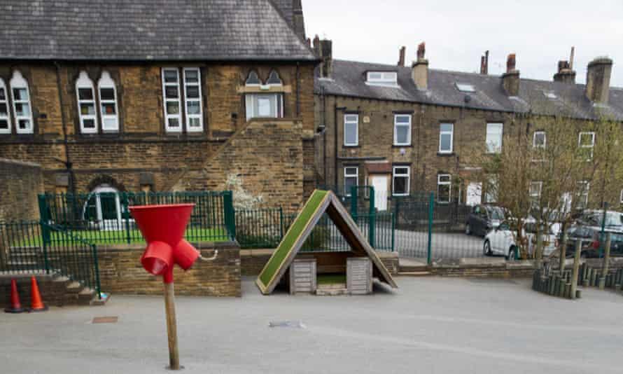 Tuel Lane infant school in Sowerby Bridge, West Yorkshire