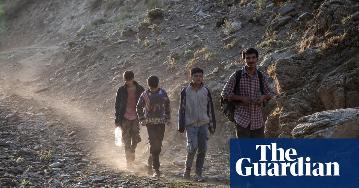 Biden sets aside $500m to fund 'unexpected' Afghan refugee needs