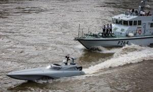 The patrol craft HMS Archer accompanied Mast on the Thames