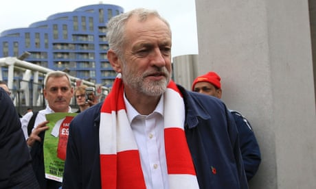 Jeremy Corbyn attacks 'pricing out' of football fans in Premier League